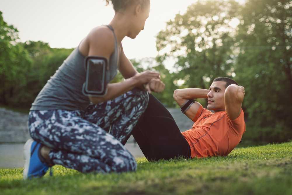 Așezați-vă înainte de culcare pentru a pierde în greutate