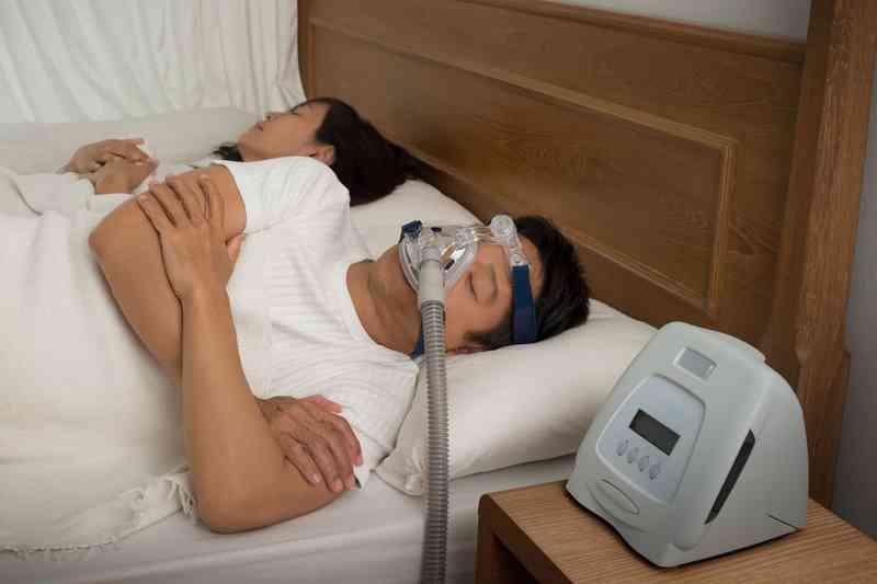 Apneea de somn obstructivă vs. Centrală: diferențe cheie și opțiuni de tratament